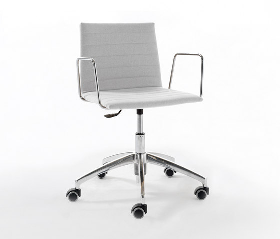 RS Chair by viccarbe | Task chairs