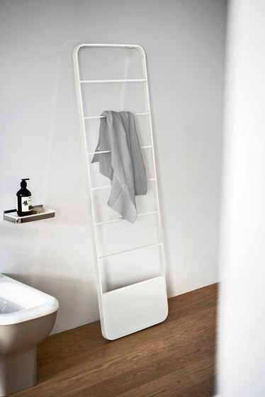 Memory by Agape | Towel warmers