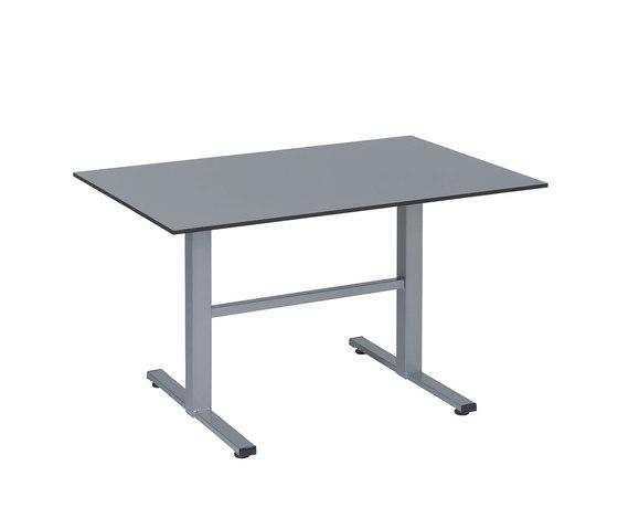 Manhattan table by Karasek | Dining tables