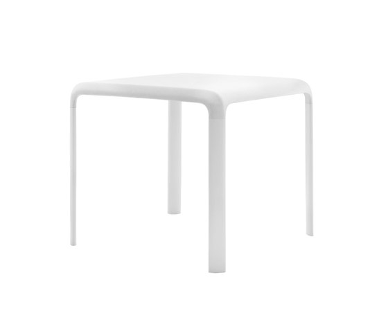 Snow 301 by PEDRALI | Bistro tables