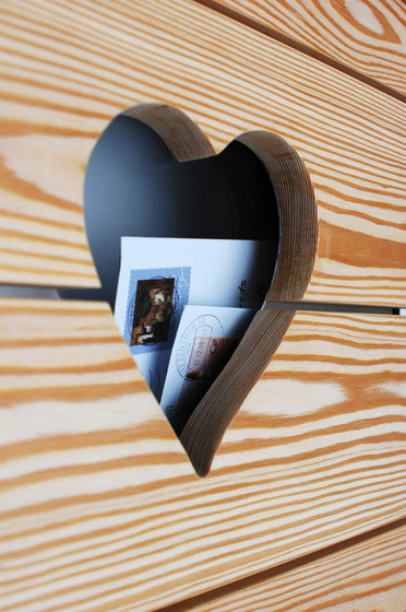 Glasnost.Wood.Heart Mailbox by keilbach | Mailboxes