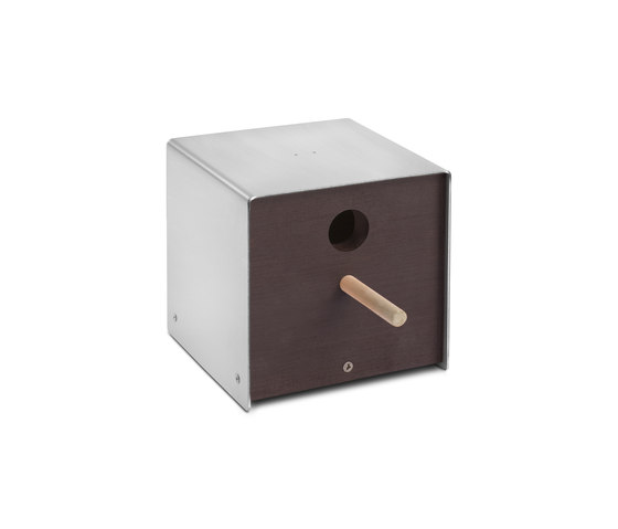 Twitter.Brown Nesting Box by keilbach | Bird houses / feeders