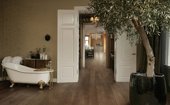 Natural Oak without sapwood stained oil solid by Bolefloor | Wood flooring