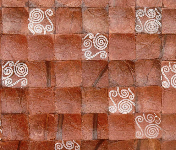 Cocomosaic tiles brown bliss with spiral white stamp de Cocomosaic | Mosaïques murales