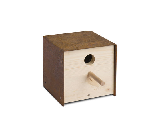 Twitter.Iron Nesting Box by keilbach | Bird houses / feeders