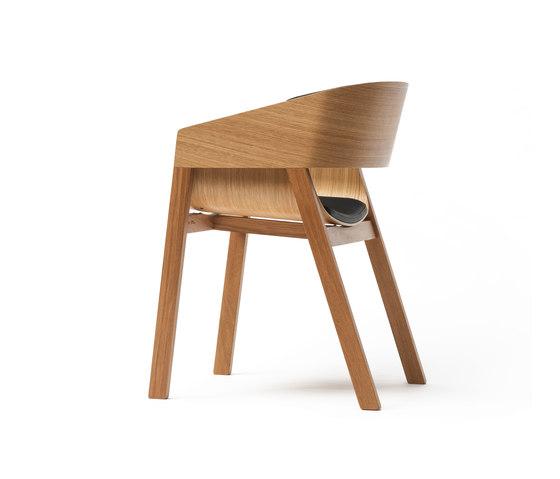 Merano Chair upholstered di TON | Sedie visitatori