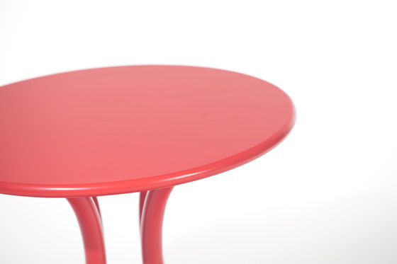 Petit Table by TON | Children's area
