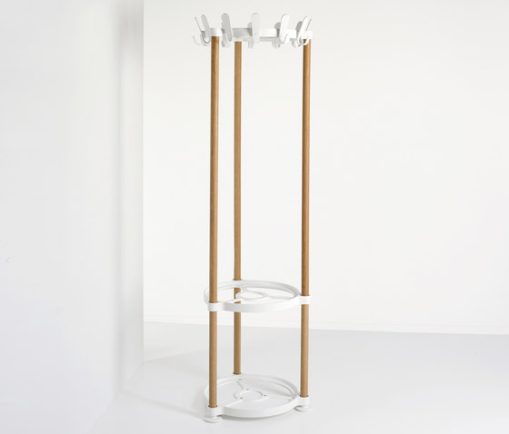 Sticks Round by van Esch | Freestanding wardrobes