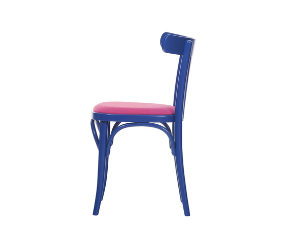 763 chair upholstered de TON | Chaises de restaurant