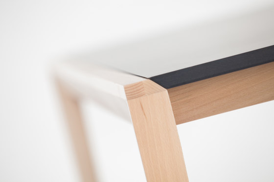 Tolken Table by TON | Canteen tables