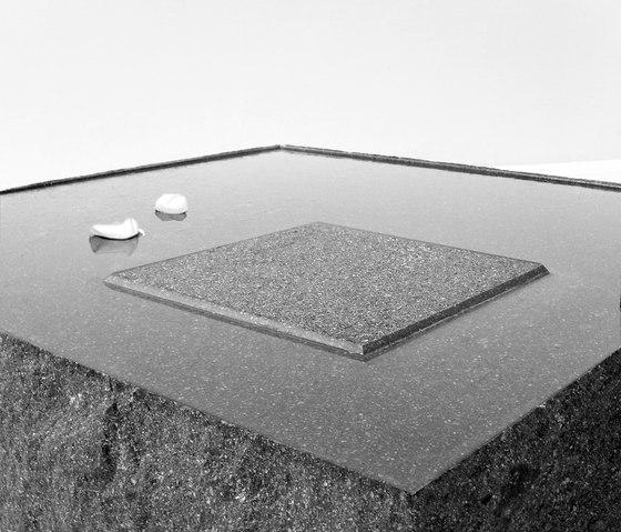 CSGS401 macosè?forsepietraoforsefiore? by HENRYTIMI | Lounge tables