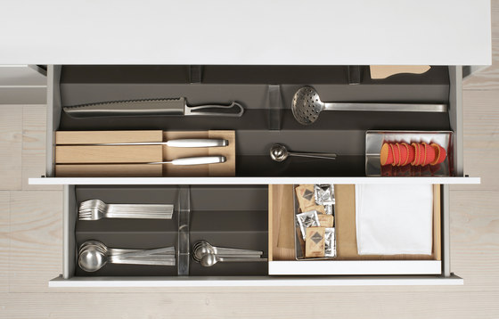 bulthaup b3 interior system de bulthaup | Kitchen organization
