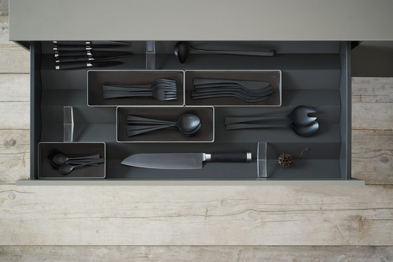b3 interior system by bulthaup | Kitchen organization