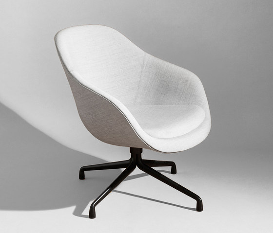About A Lounge Chair AAL81 von Hay | Loungesessel