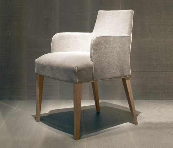 Cómoda chair by Original Joan Lao | Chairs