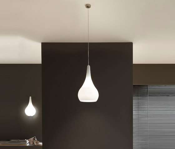 Goccia Pendant lamp by La Référence | General lighting