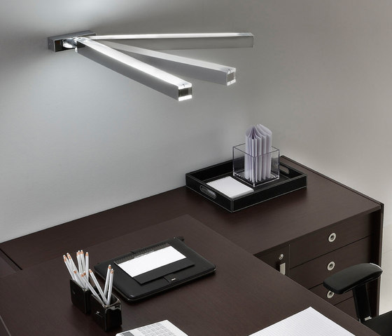 Orizzonte Wall lamp by La Référence | General lighting