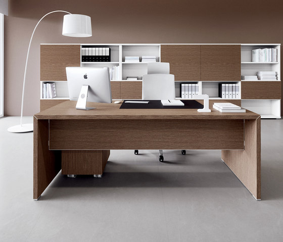 DV904 by DVO | Executive desks