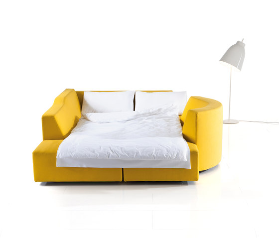 ladybug-dream medium plus by Brühl | Lounge sofas