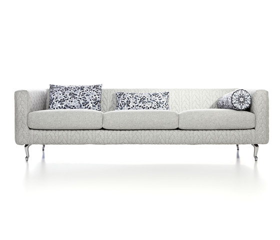 boutique delft grey jumper triple seater by moooi | Sofas