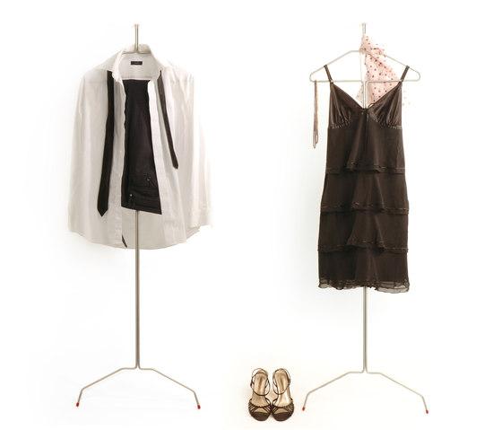 Tango by Gabriela Chicherio | Freestanding wardrobes