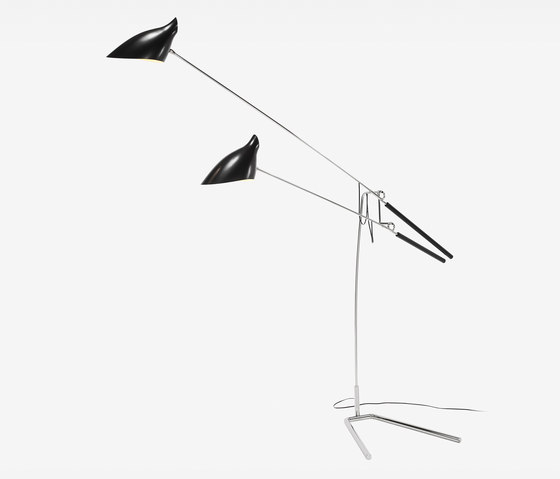 Loop & Hook Standing Lamp No 308 di David Weeks Studio | Illuminazione generale