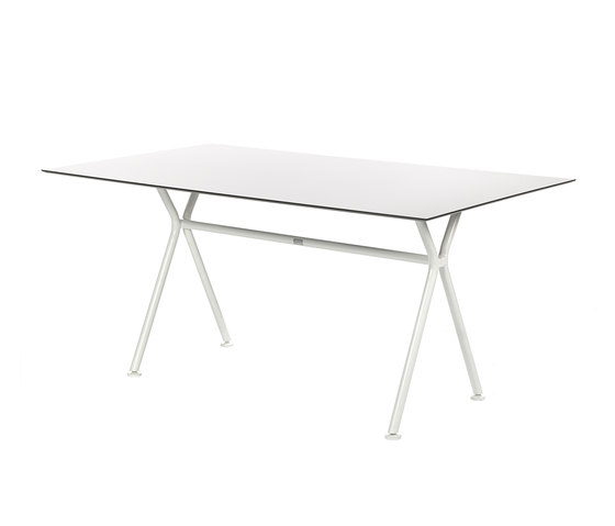 Nizza table by Fischer Möbel | Dining tables