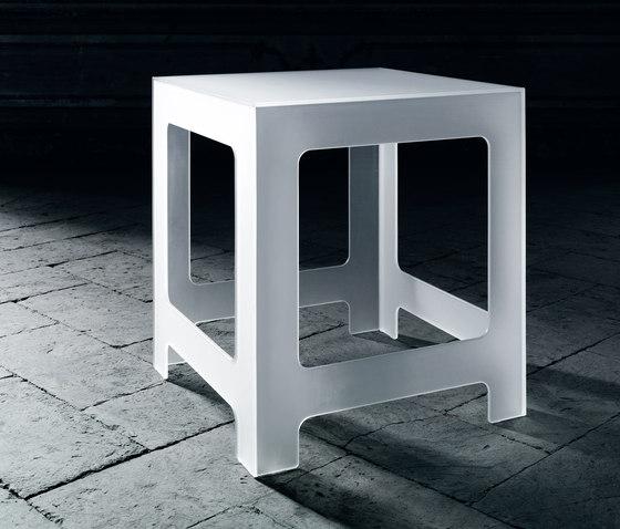 Nezu by Glas Italia | Side tables