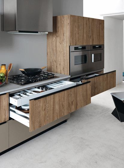 Ariel cesar arredamenti composici n 1 composici n 2 for Disenador de cocinas integrales