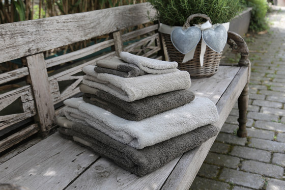 Towels for adult by secrets of living | Towels