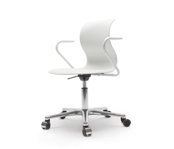 Pro 5 Star Base Alu Armrests by Flötotto | Task chairs