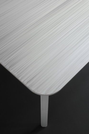 Vao Ju by Maòli | Dining tables