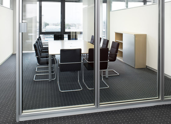 Segno conference table by RENZ | Conference tables