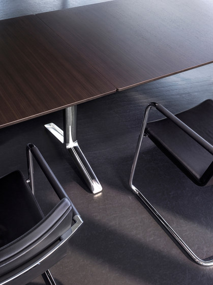 Talk conference table de RENZ | Mesas contract