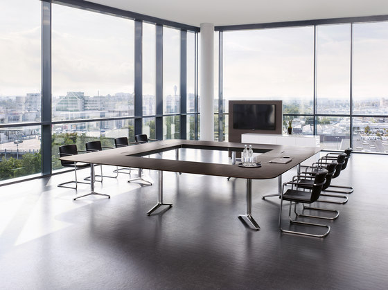 Talk conference table by RENZ | Conference table systems