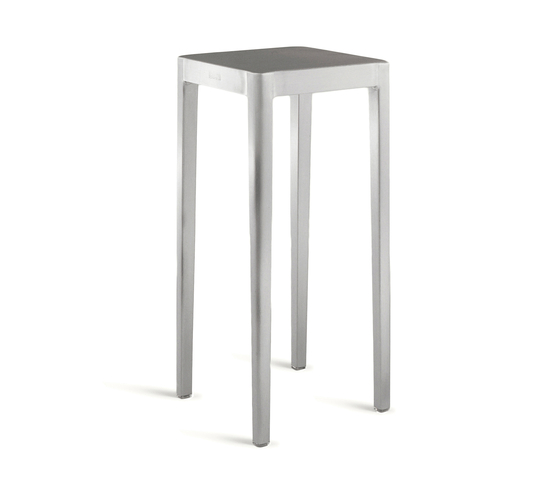 Emeco Occasional table de emeco | Mesas altas