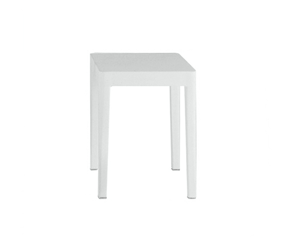 Emeco Occasional table de emeco | Mesas auxiliares