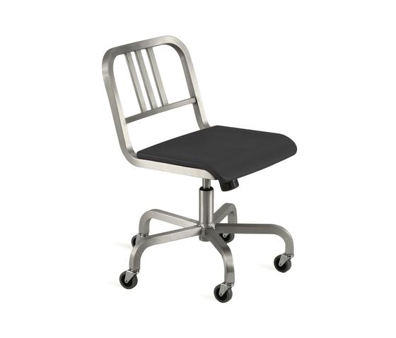 Nine-0™ Swivel chair de emeco | Chaises de travail