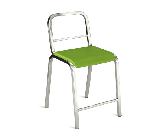 Nine-0™ Stacking counter stool von emeco | Barhocker