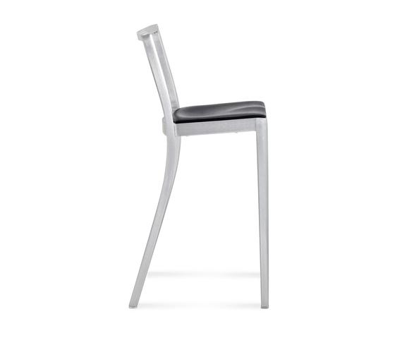 Icon Barstool seat pad von emeco | Barhocker