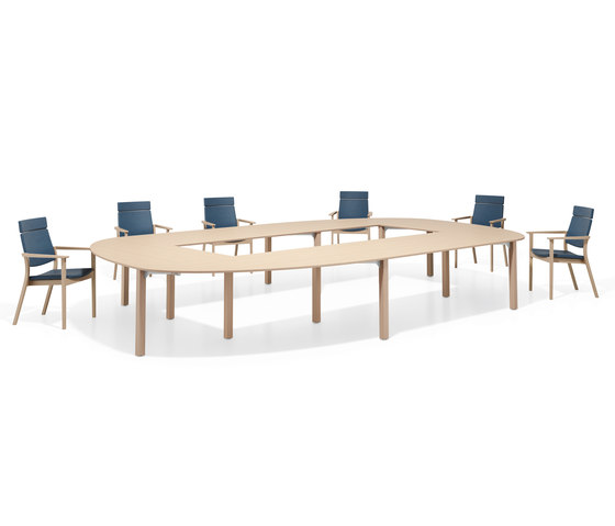 Wishbone Extended by Casala | Conference tables