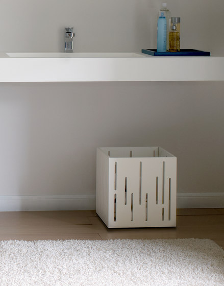 Basquet by CODIS BATH | Portable storage units