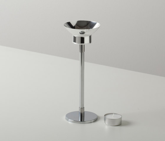 VLAMP medium by jacob de baan | Candlesticks / Candleholder