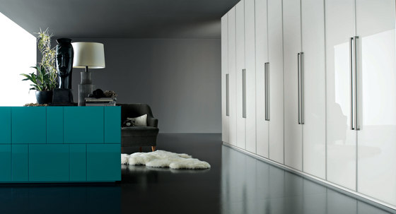 Armadio al Centimetro | Hinged door by LEMA | Built-in cupboards