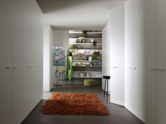 Armadio al Centimetro | Hinged by LEMA | Built-in cupboards