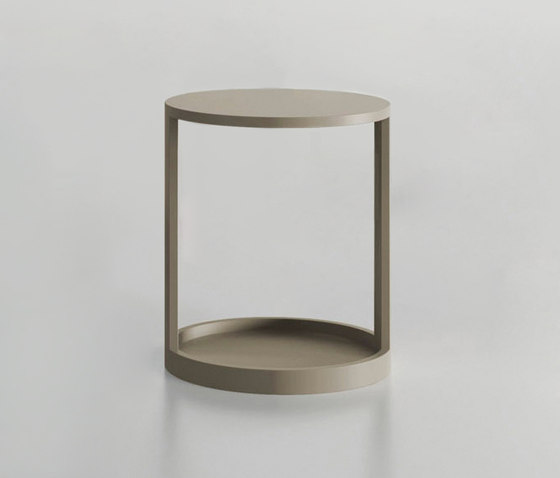 Moon table by ARLEX design | Side tables