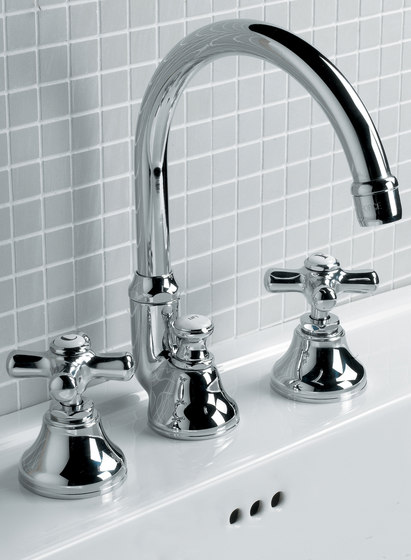 City 3 hole basin set by Devon&Devon | Wash basin taps