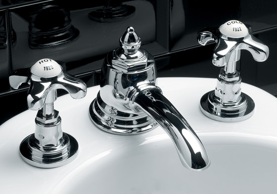Mayfair 3 hole bidet set by Devon&Devon | Bidet taps