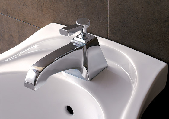 Time 1 hole bidet set by Devon&Devon | Bidet taps