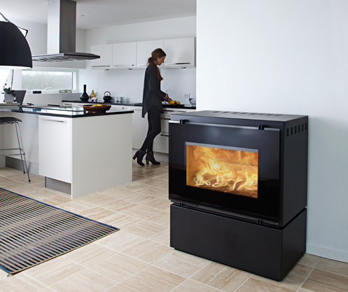 HWAM F 30/55s by HWAM A/S | Wood burning stoves